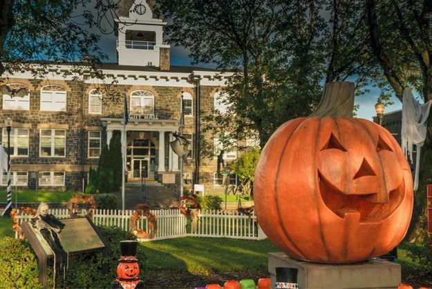 image credit-City of St. Helens / Via Facebook: Halloweentown.OR